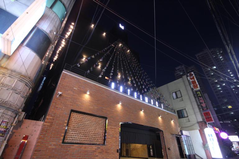 Hotel Muri Busan, Nam