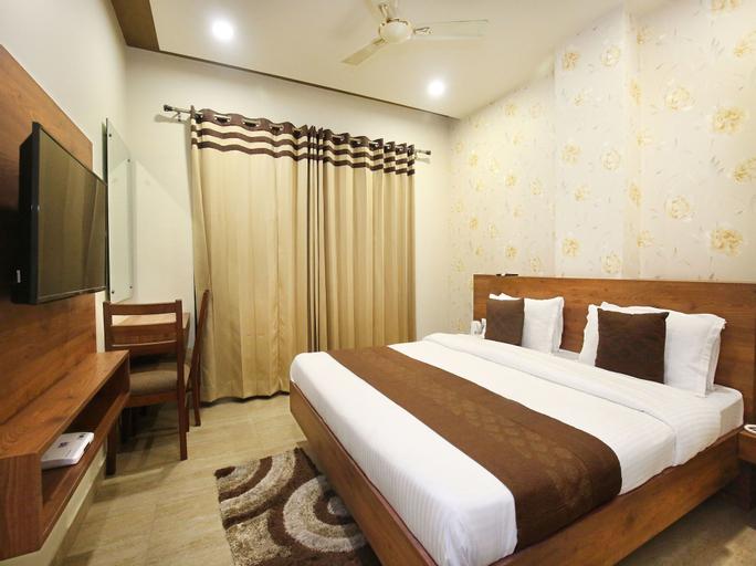 OYO 10419 Gilco Green Motel, Jalandhar