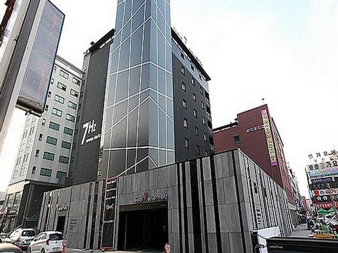 Hotel 7 seven Hertz, Siheung