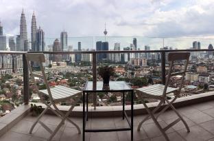 KLCC view modern condo in SETIA Sky Residences #18, Kuala Lumpur