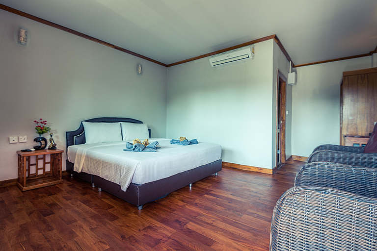 Lipe Village Resort, Muang Satun