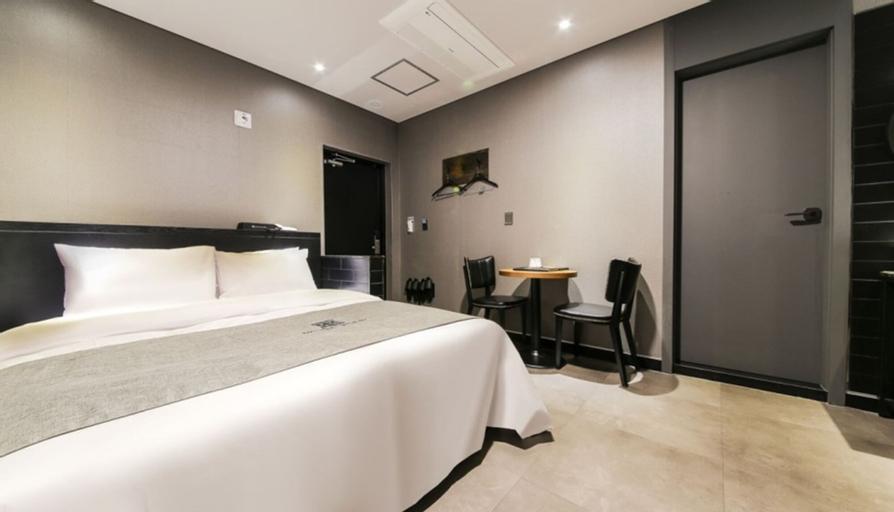 Yangju Hotel Black, Yangju