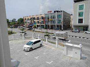 OSCAR SUITES HOTEL, Manjung