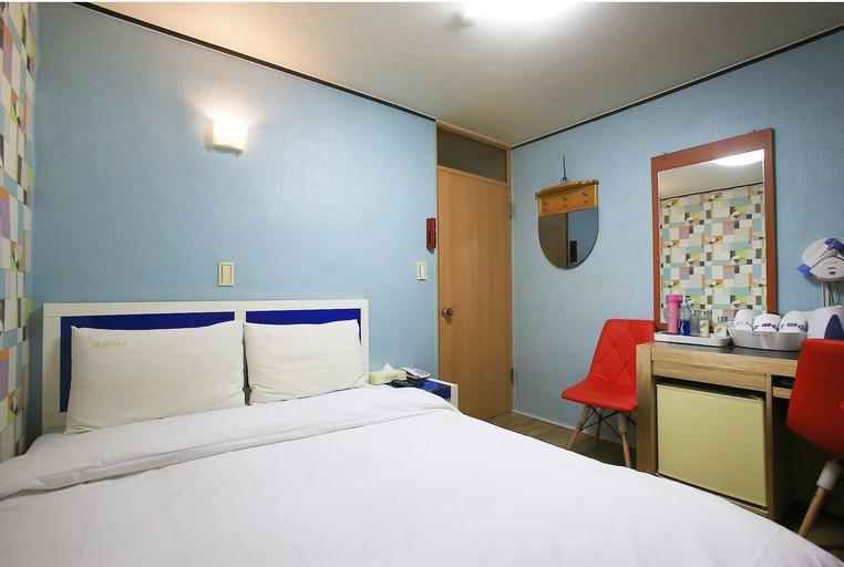 Motel M, Seocho