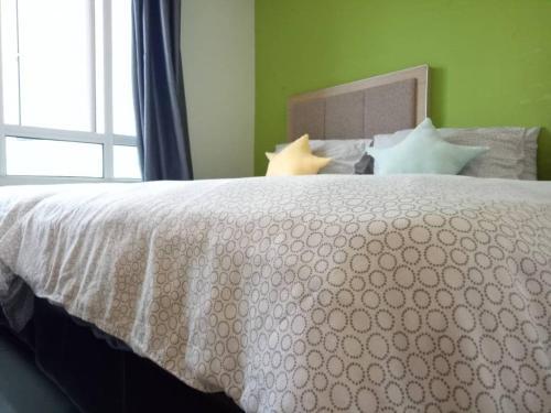 Selesa Studio 3 Queen Beds A/C HEATER NJOI@Wakaf Che Yeh, Kota Bharu