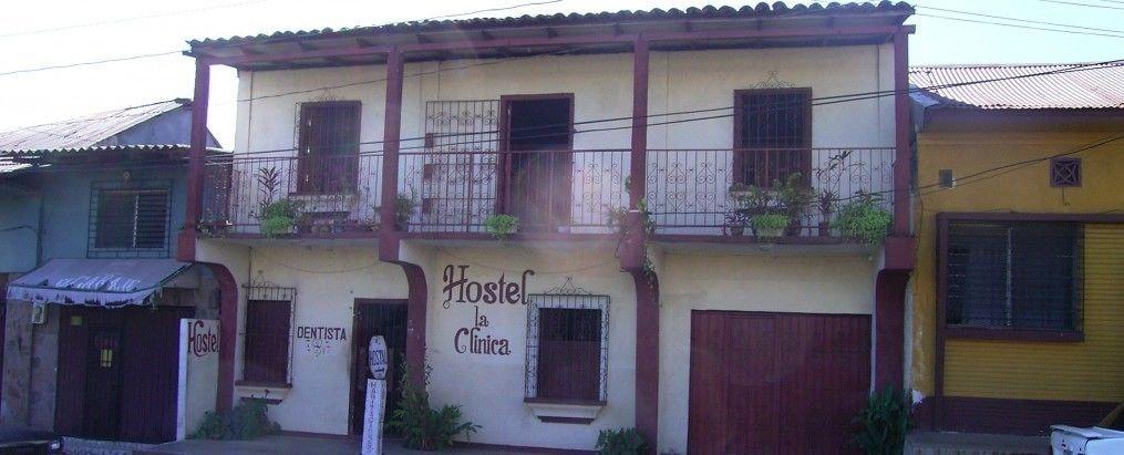 Guesthouse La Clinica - Hostel, León