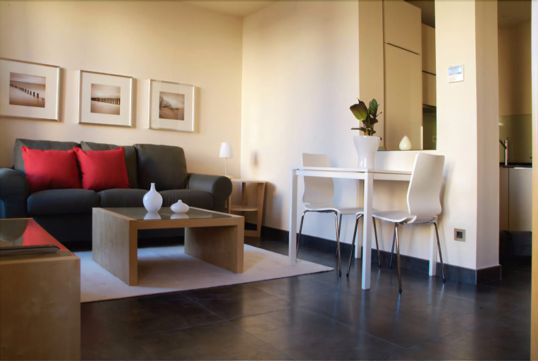 Roomspace Sandoval Apartments, Madrid