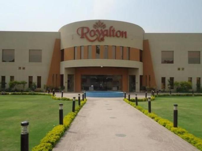 Royalton Hotel, Faisalabad