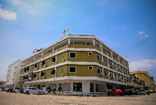 APPLE Suites Hotel, Manjung