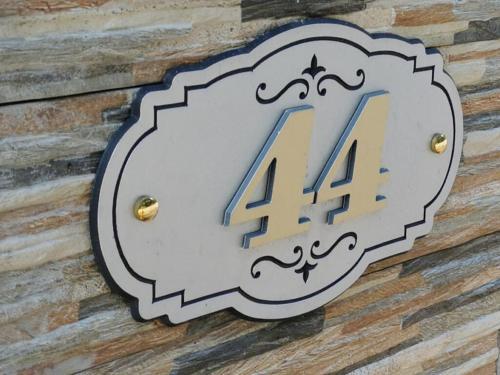 Santai 44, Hulu Langat