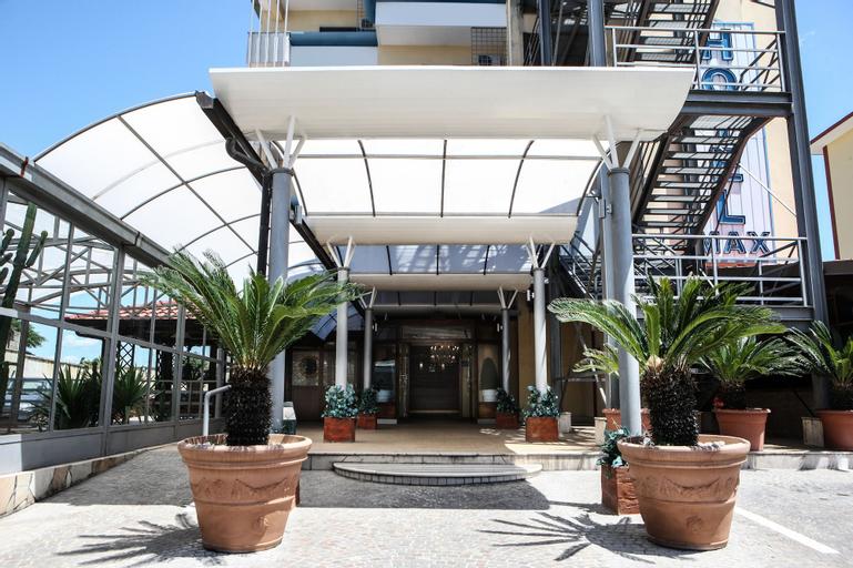 Hotel Max, Caserta