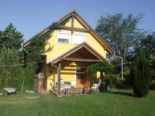 Czanadomb Vendeghaz, Pécs