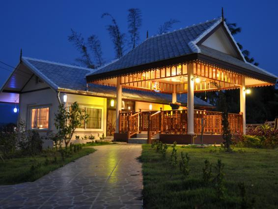 Huean Wadd Khian Resort, Na Noi