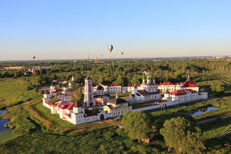 Troitse-Sergiev Varnitskiy monastery - Hostel, Rostov