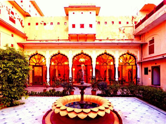Karnot Mahal, Jaipur