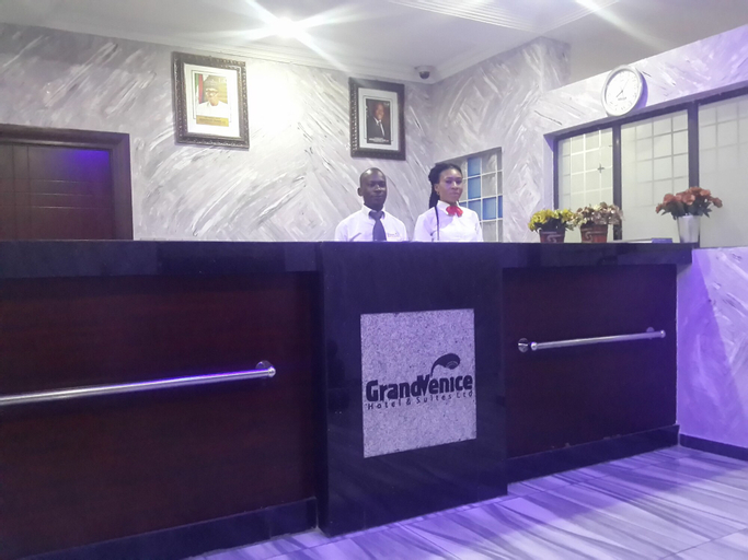 GrandVenice Hotel and Suites, Obio/Akp