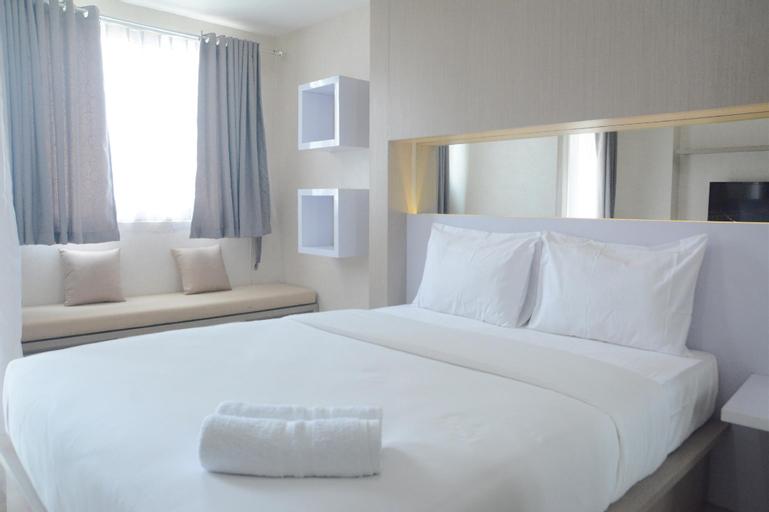 Minimalist and Comfy Studio The Oasis Cikarang Apartment By Travelio, Cikarang