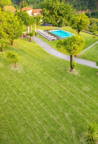 Villa with 3 bedrooms in Sobradelo da Goma with wonderful mountain view private pool enclosed garden, Póvoa de Lanhoso