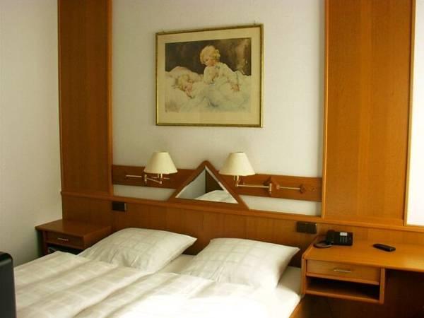 Land-gut-Hotel zur Krone, Borken