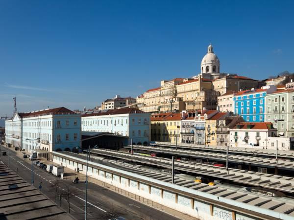 Hello Lisbon Santa Apolonia Apartments, Lisboa