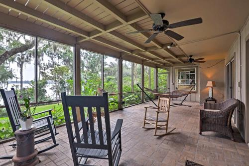 Lakefront Florida Apartment with Boat House & Kayak!, Putnam