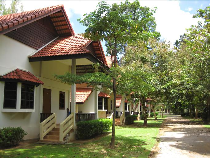 Cleanwave Resort Chumphon, Pathiu