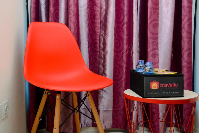 Minimalist Studio Tifolia Apartment By Travelio, East Jakarta