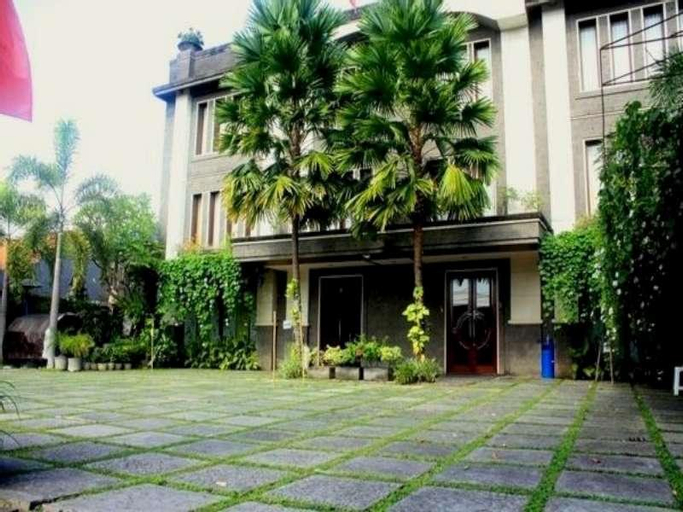 Nirwana Suites, Denpasar