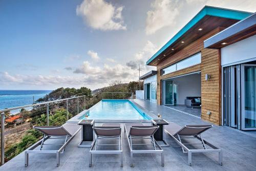 Luxury St. Croix Home w/ Oceanfront Pool & Views!, East End