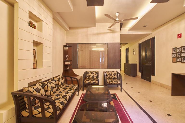 OYO 3594 Kamla Nagar, West