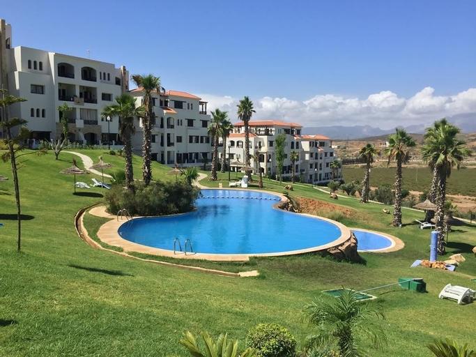Lilac's garden Vue piscine, Tétouan