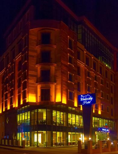 Winter City Hotel, Merkez