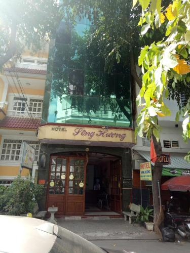 HOTEL SONG HUONG, Quận 7