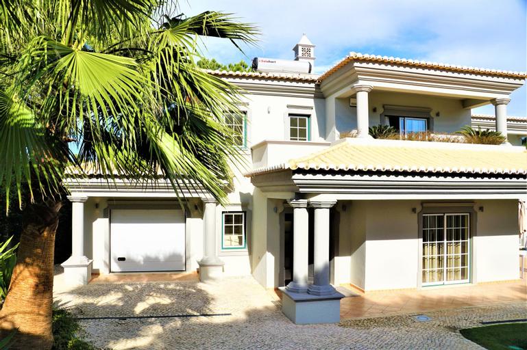 Charming Exceptional Golf Villa in Algarve, Loulé
