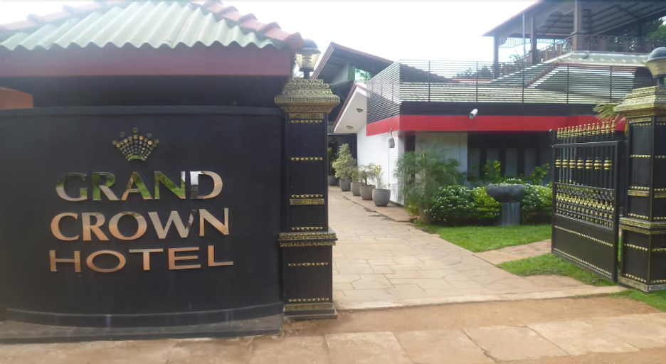 Grand Crown Hotel, N. Palatha East