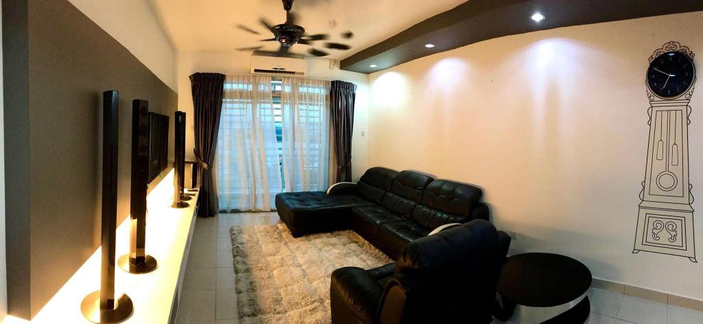 Loo'vely Homestay @ IKEA, Aeon Tebrau, Austin , Johor Bahru