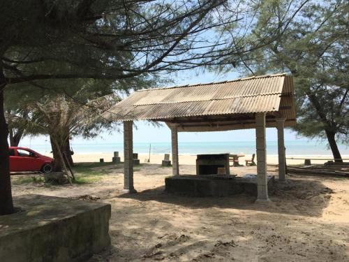 Pantai kandis chalet dan Homestay, Bachok