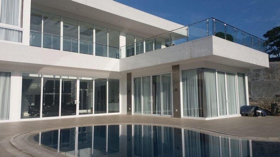 Villa Sentul 3BR with Swimming Pool - Mountainview, Bogor