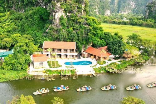 HoangLong Riverside Homestay, Hoa Lư