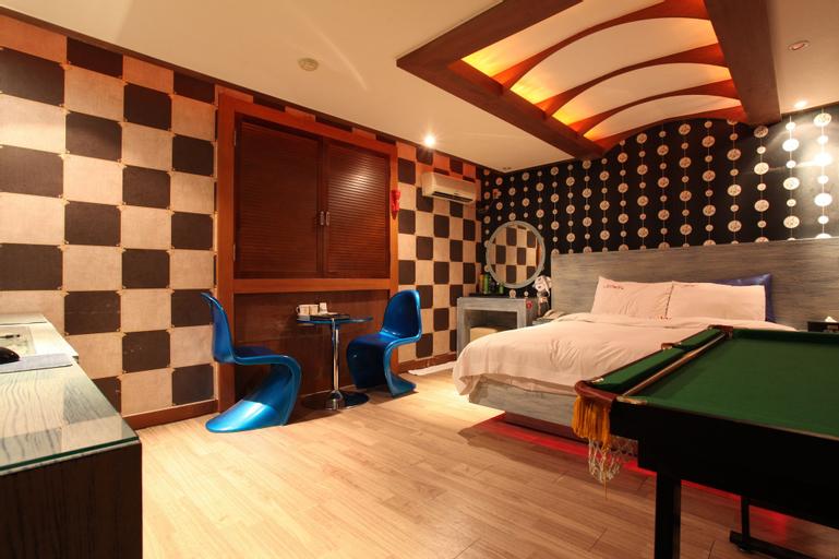 Hotel Show Sillim, Dongjak