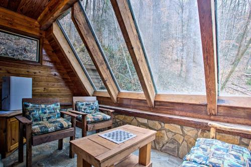 Riverside Cabin with Deck by Hiking Trails and Fishing, Jackson