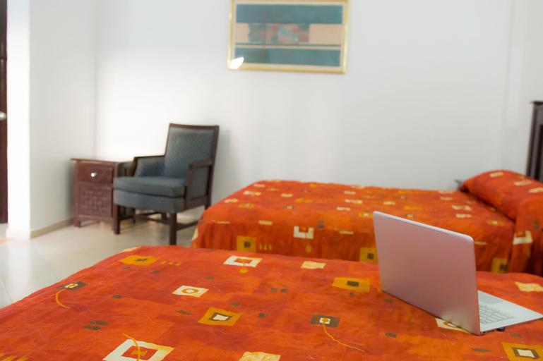 Hotel Zirahuen, Lázaro Cárdenas