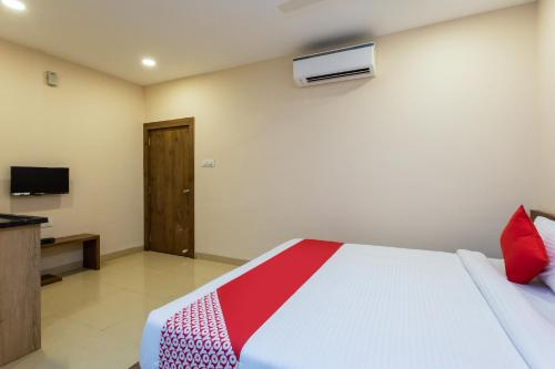 OYO 76648 Shivom Hotel, Ghaziabad