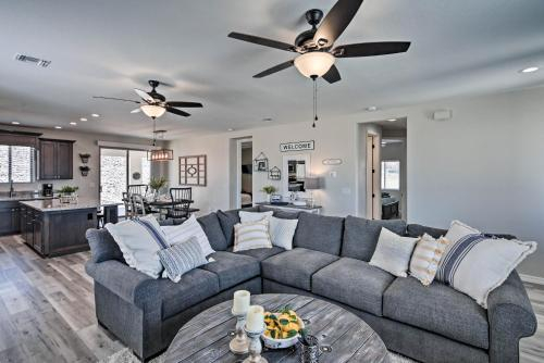 Luxe 2020 Home with OHV Access, 5 Mi to Lake Mohave!, Mohave