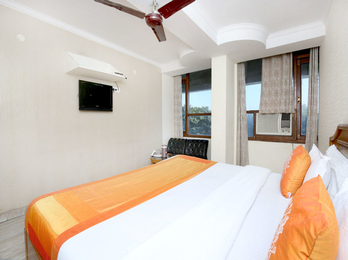 OYO 11371 Hotel M&V, Chandigarh