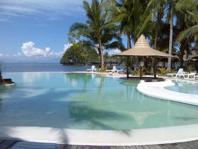 Caluwayan Palm Island Resort, Marabut