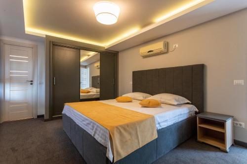 Corso Apartments B&B, Focsani