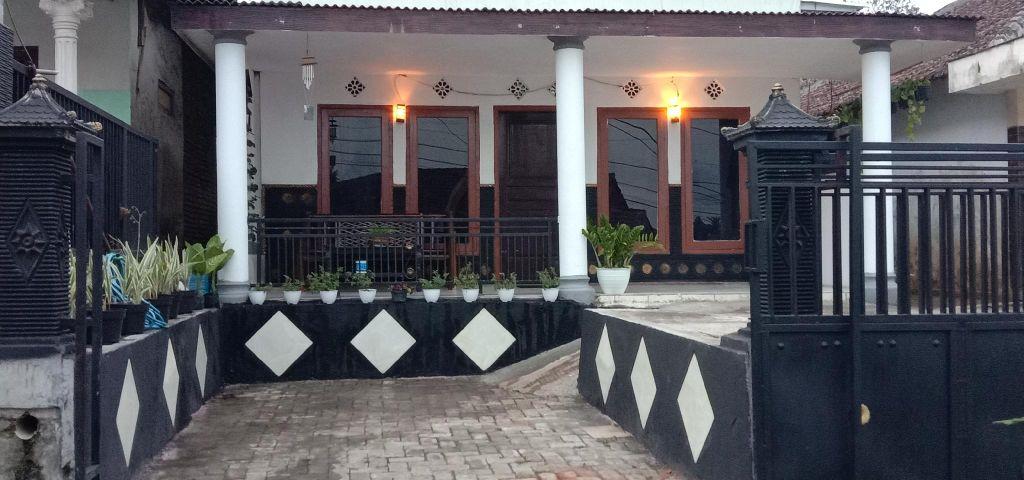 Kayla Homestay, Malang