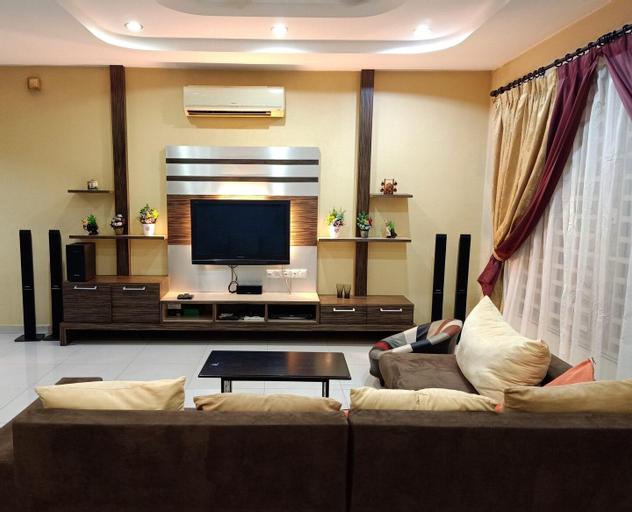 J&A Garden In The House 3 Rooms 6 Pax @ Icon City, Seberang Perai Tengah