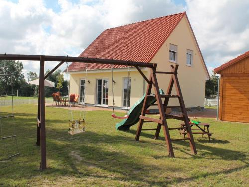 Spacious Holiday Home in Rerik near the Forest, Rostock